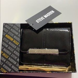 Brand new Steve Madden accordion wallet